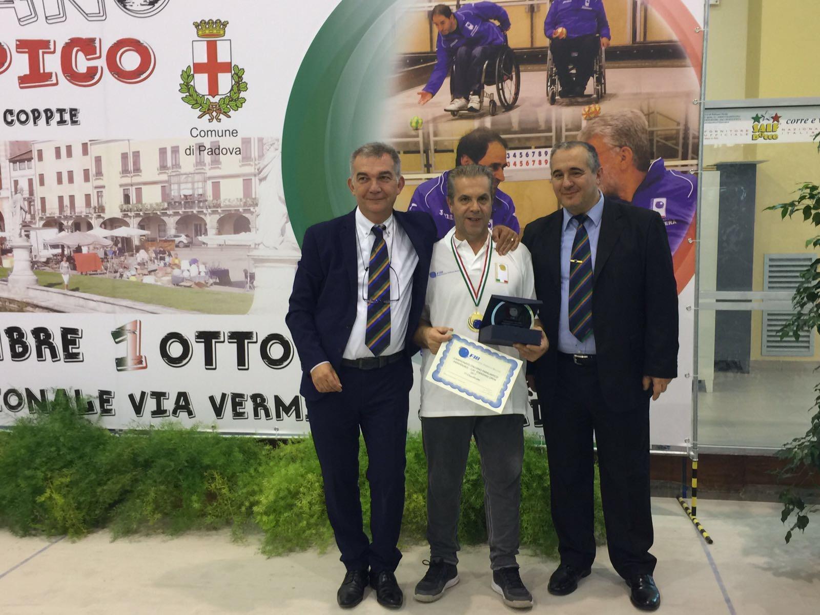 """Cervinara   Il """"capitano"""" dalla testa dura: Salvatore Cioffi di nuovo Campione Italiano."""