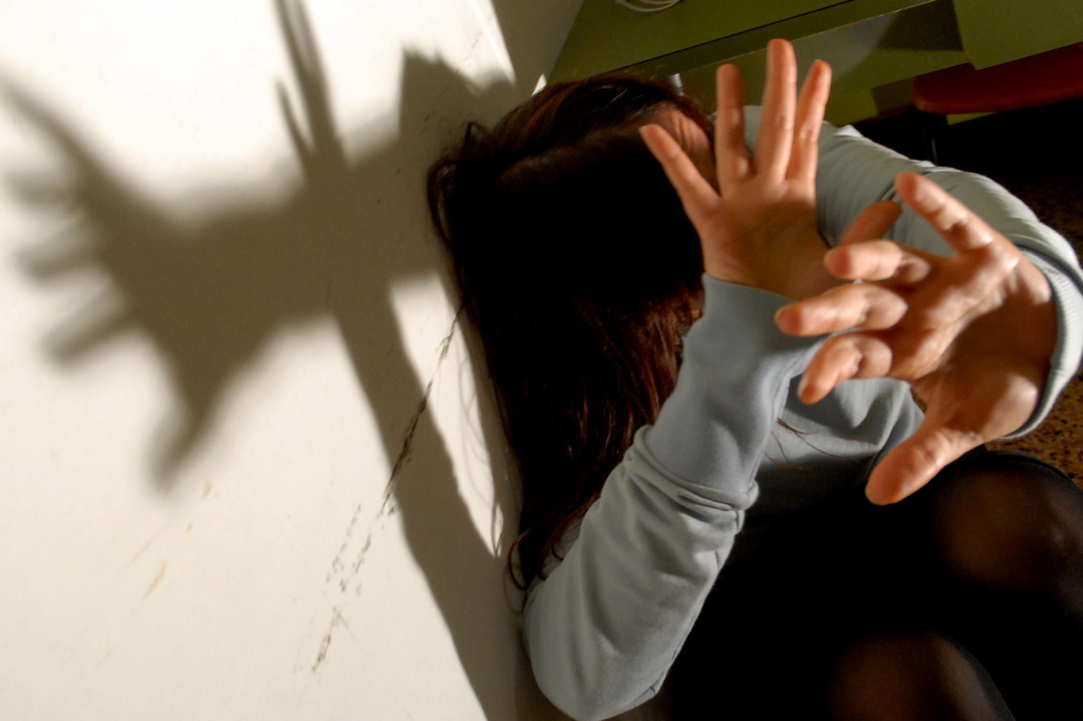 Valle Caudina: Arrestato un 45enne per violenza sessuale su minore