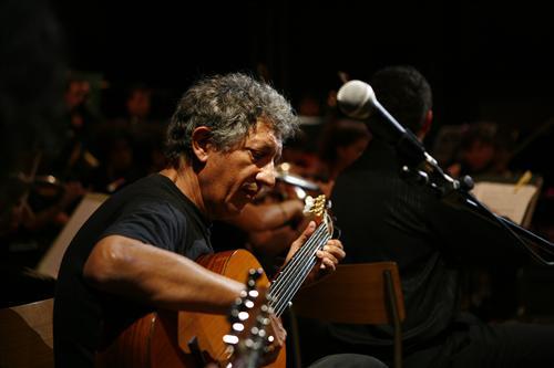 Montesarchio   Stasera a Varoni il concerto di Eugenio Bennato