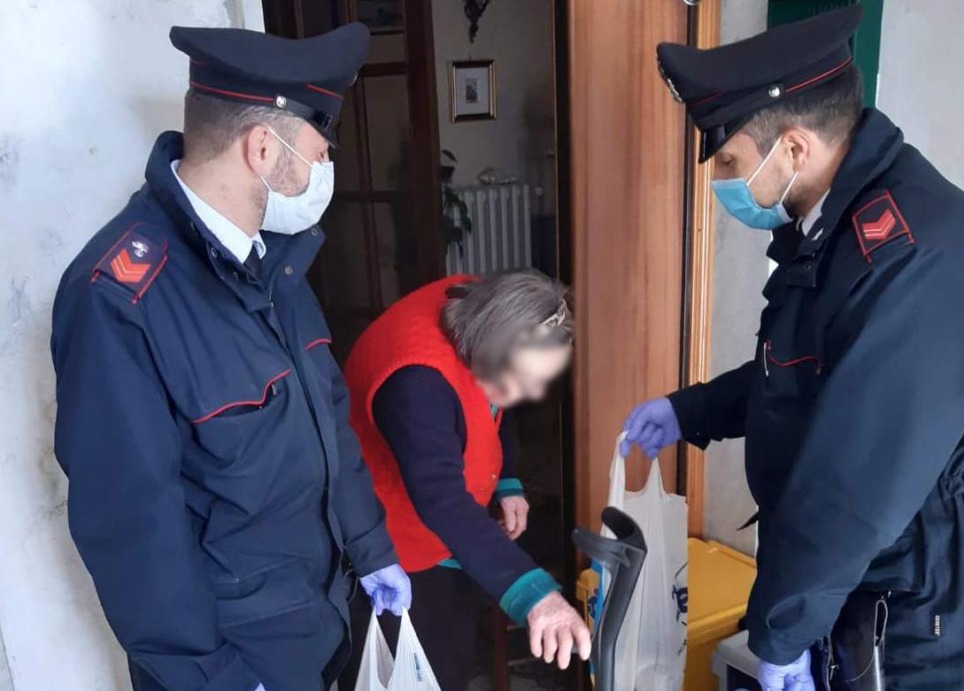 Emergenza. Poste italiane e Carabinieri insieme per consegnare la pensione agli anziani