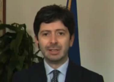 """Il ministro Speranza: """"Il pericolo non è scampato, la situazione resta drammatica."""
