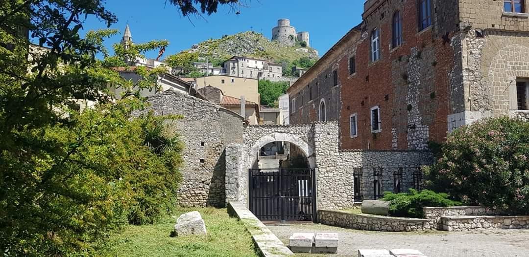 Montesarchio, riaperta la Villa
