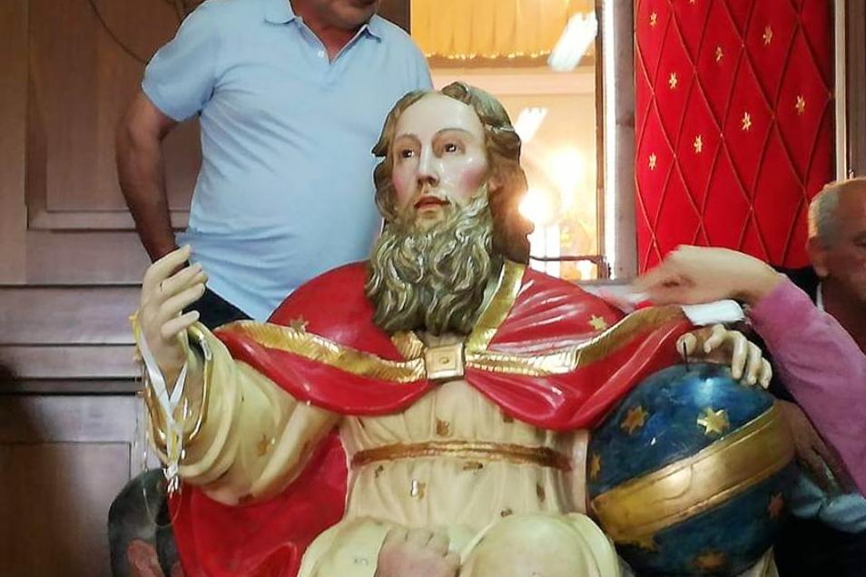 Montesarchio: Fedeli delusi per la mancata Discesa della Santissima Trinità