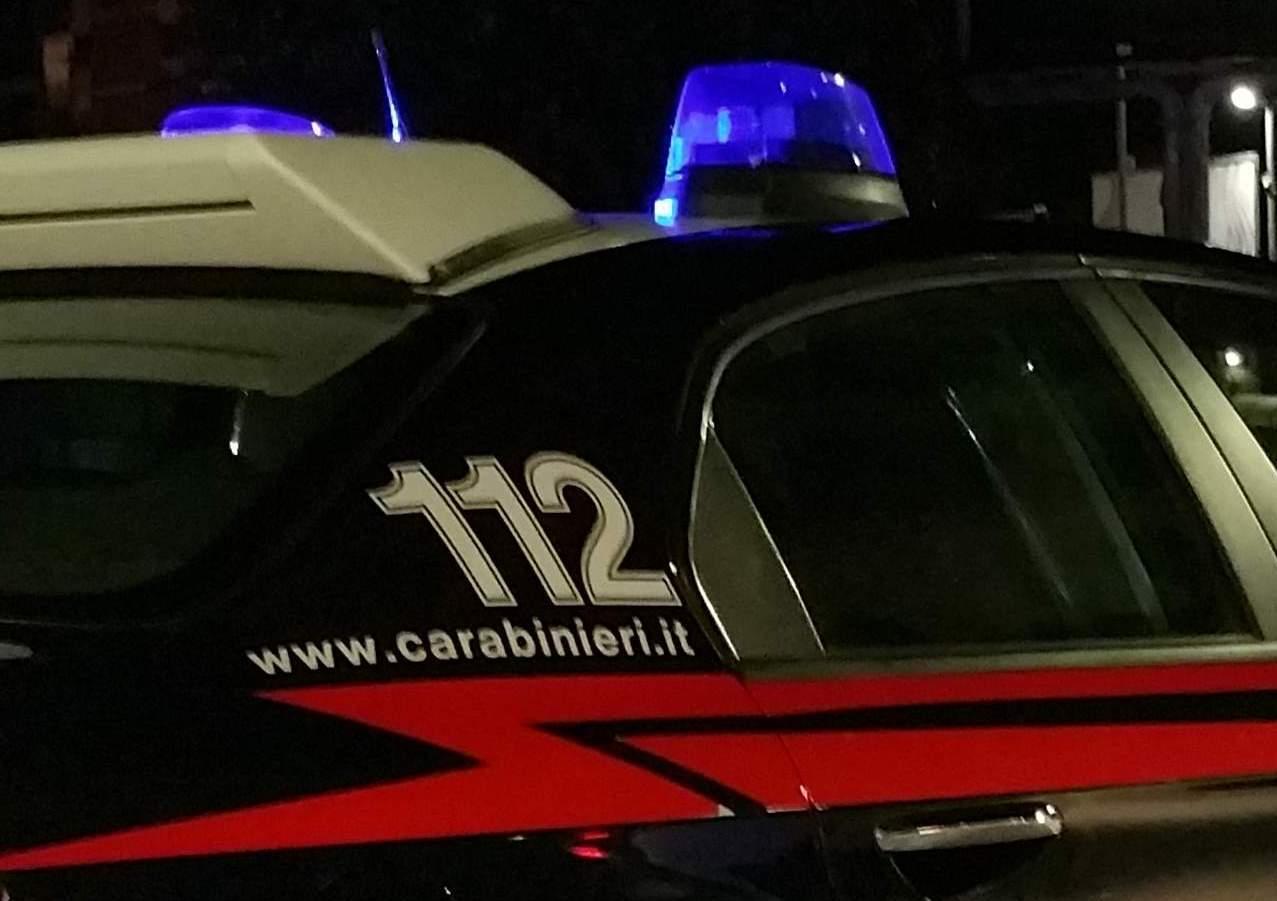 """""""Casa del piacere"""" con annunci sul web. I Carabinieri denunciano tre donne"""