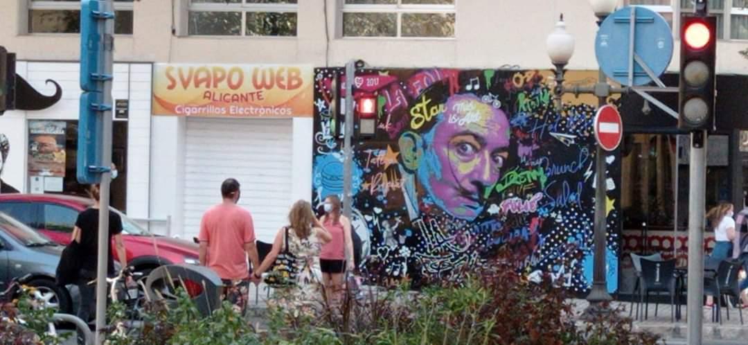 Svapoweb apre il primo store in Europa