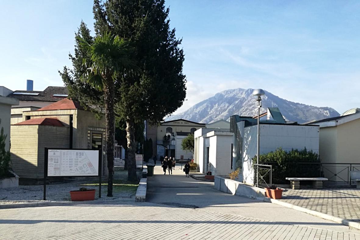Montesarchio: Cimitero aperto il 2 novembre, ma in molti restano a casa