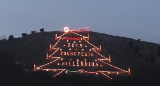 Moiano. Un albero pieno di  speranza. Il monte Lecito si illuminerà ancora.