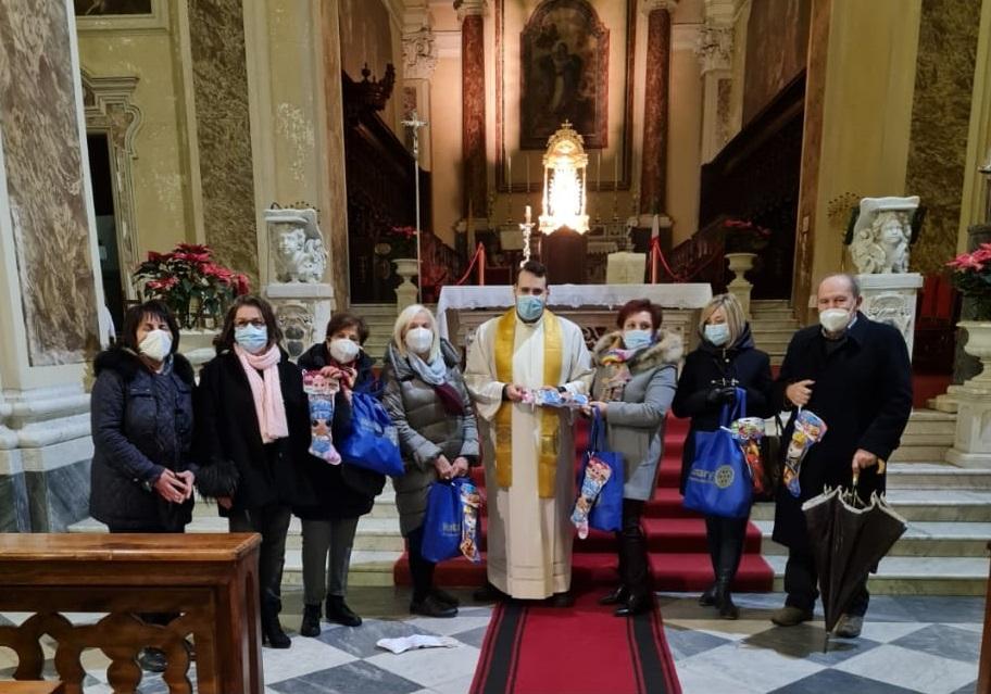 Rotary Sant'Agata, la solidarietà non si ferma