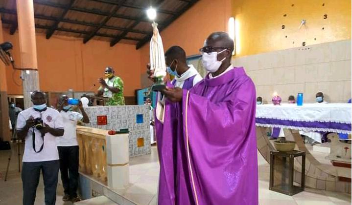 Dalla Valle Caudina gli auguri a Padre Jean del Togo per i suoi 25 anni di sacerdozio