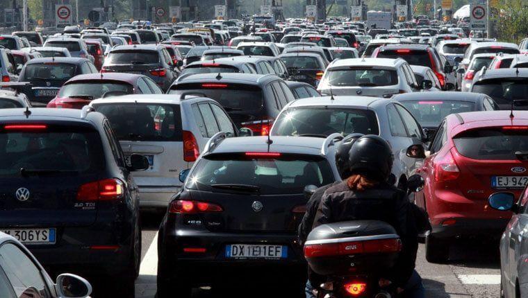 Che traffico a Forchia! È il paese con maggiore rapporto persone/auto