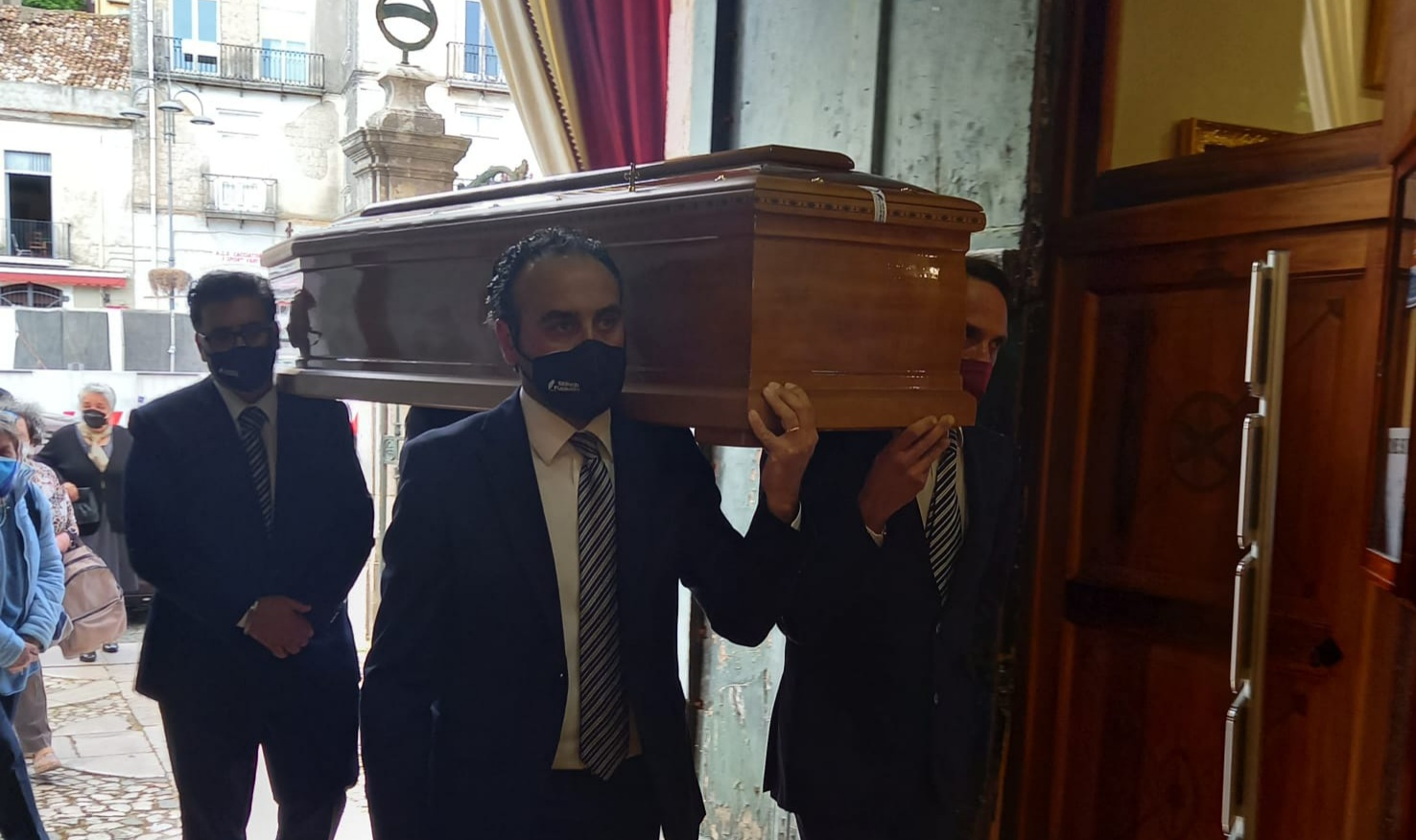 Montesarchio. Don Votino è arrivato nella Chiesa della  Annunziata. Il suo ricordo